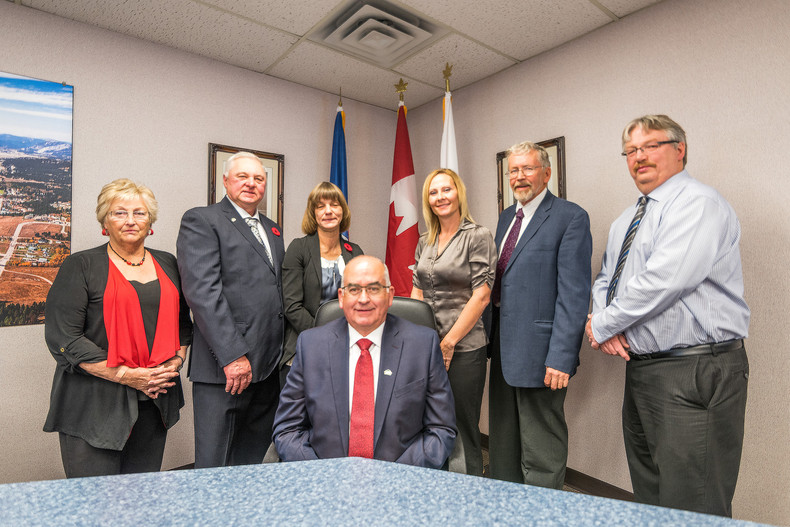 Left to Right: Councillor Marlene Anctil, Councillor Dave Filipuzzi, Councillor Doreen Glavin, Mayor Blair Painter, Councillor Lisa Sygutak, Councillor Gordon O. Lundy, Councillor Dean Ward